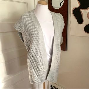 GAP Open Sweater Vest